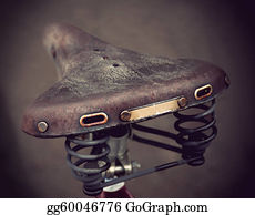 Metal-Spring - Vintage Leather Bike Saddle