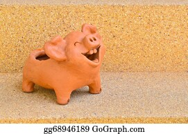 Laughing - Laughing Pig Statue